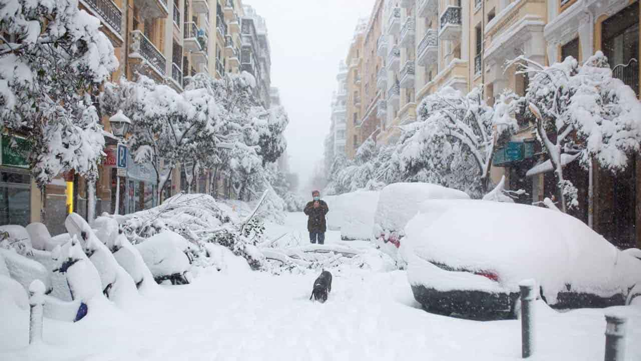 Spagna: tempesta di neve provoca quattro morti
