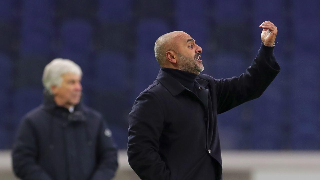 In primo piano: l'allenatore del Parma Fabio Liverani, sullo sfondo il tecnico dell'Atalanta Gian Piero Gasperini, 6 gennaio 2021 (foto di Emilio Andreoli/Getty Images)