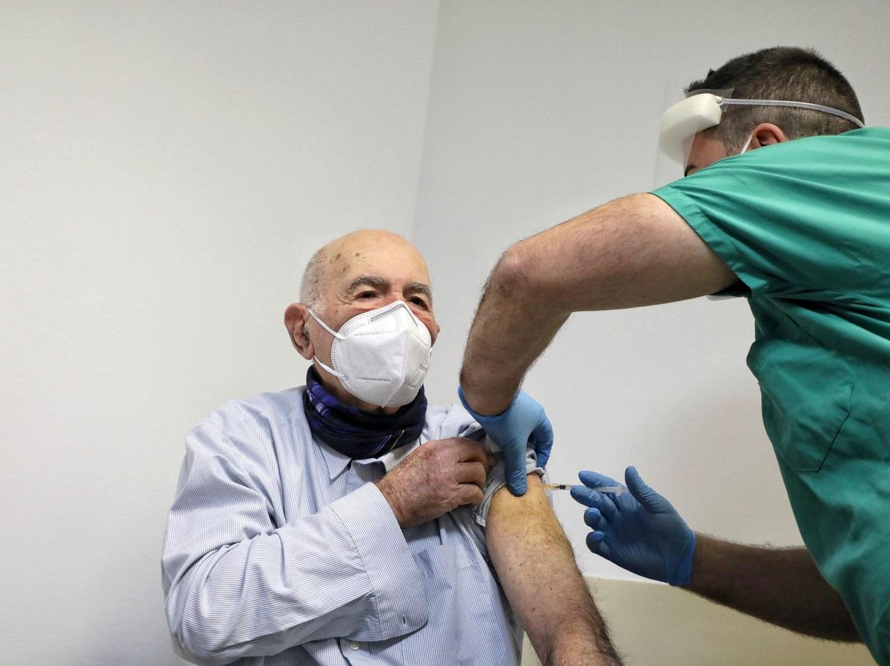 vaccino covid ritardo