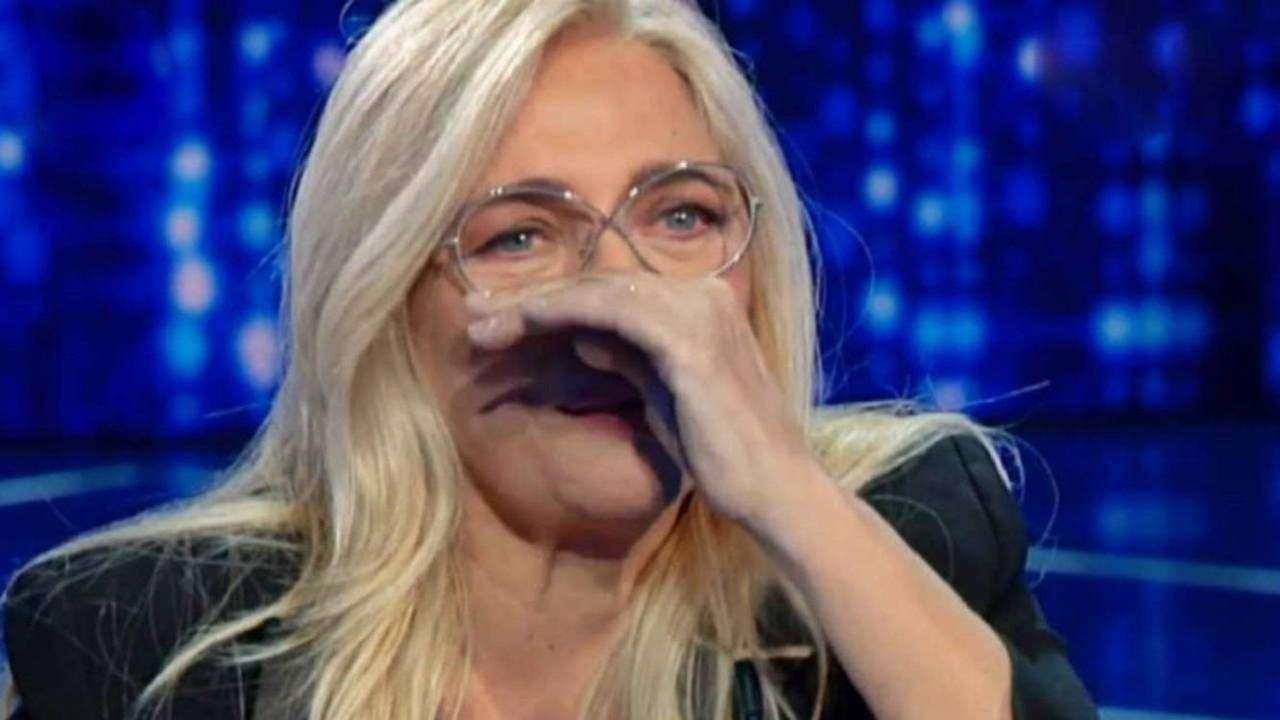 Domenica In, Mara Venier in lacrime - meteoweek