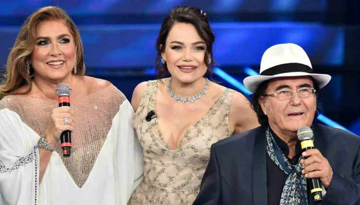 Romina con mamma Romina e papà Albano - meteoweek