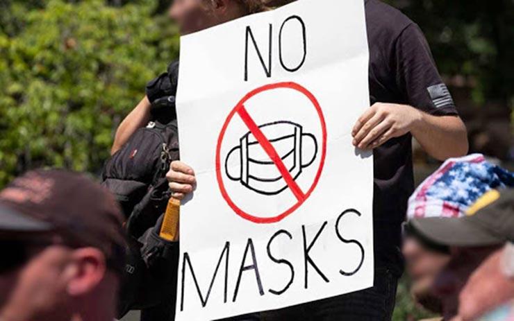 sospesi figli no mask molestie bonaccini modena